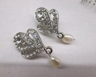Bridal jewellery/ jewelry/ wedding jewellery/ bridal accessories/ Diamante pearl clip on earrings