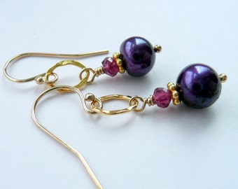 Purple Fresh Water Pearl Pink Garnet 14kt Gold Vermeil Hammered Oval Gold Link OOAK Artisan Boho Hippie Gift for Her Dangle Drop Earrings