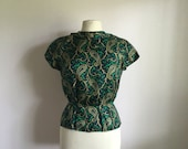 Vintage 1960s paisley blouse green and blue top / zipper back top