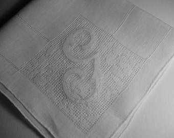 Vintage Initial G  Hanky Hankie With Hand Embroidery Handkerchief