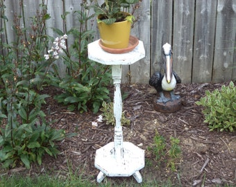 Shabby cottage chic white distressed chippy  primitive plant stand side table