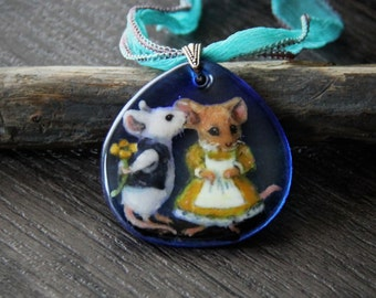 Cute mouses in love, fused glass pendant - boho- gypsy