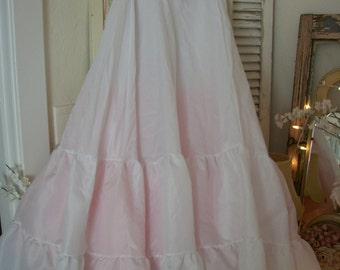 vintage floor length bridal wedding petticoat half slip, tulle and nylon crinoline, elastic lace trimmed top, size 7, by under-cover usa NOS