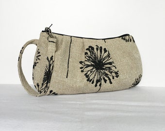 Pleated Wristlet Zipper Pouch // Clutch - Dandelion Black
