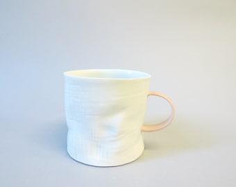 Pink handle porcelain crumple cup