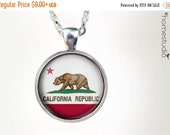 ON SALE California Flag (WHT) : Glass Dome Necklace, Pendant or Keychain Key Ring. Gift Present metal round art photo jewelry HomeStudio. Si