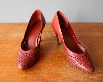 vintage woven pumps 5.5 / burgundy lattice heels / red leather pumps