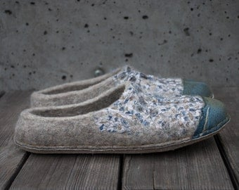 Comfy Gray Slip Ons slippers shoes Natural wool shoes Handmade felted wool slippers womens