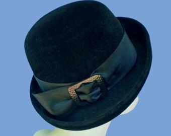 Vintage 60s Mod Black Velour Hat Mme Lucia