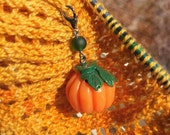 SALE From the Pumpkin Patch - Retro Inspired Pumpkin Single Stitch Marker