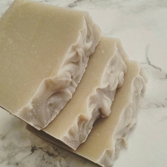 Shaving Soap WIth Bentonite Clay-Queen of Shaves