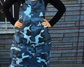 Camouflage Apron/Camo Apron/Recycled Camouflage Pants/Chef Apron/Gardening Apron/Pocket Apron, READY TO SHIP