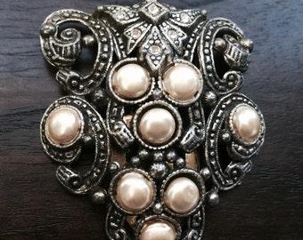 Vintage Dress Clip