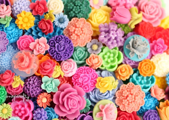 100pc BULK MIX grab-bag assorted styles resin flower cabs / wholesale flat back resin flower embellishments / mixed lot all size cabochons /