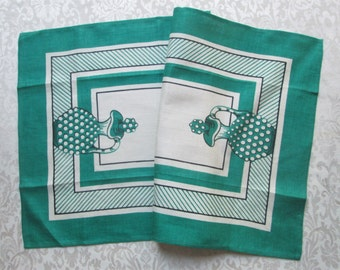 Kitchen Towel Vintage Linens Jadeite Green Victory Tag MWT Mint Retro Table Runner Hobnail Decanter Mid Century Printed Dishcloth Dish Towel