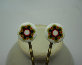 Brass Bobby Pins with Mosaic Mandala Style Cabochons Black Red Olive Green Vintage Discs on Hair Clips Up Do Accessory