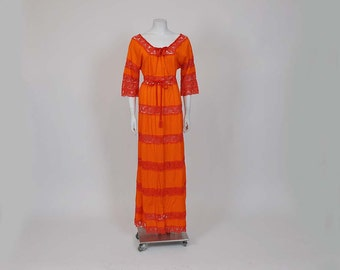 vintage dress / Vintage 70's Mexican Pintuck Lace Boho Dress