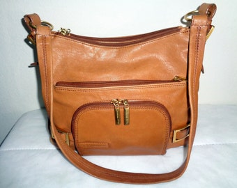 Stone Mountain satchel handbag purse in butter soft genuine leather honey tan,multi compartment, vintage  very clean
