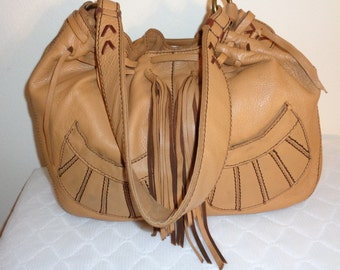 Lucky Brand  large  hobo , shop tote ,satchel in thick soft camel tan leather ,lacing accents handmade long tassels, wide strap vintage MINT