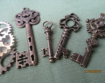 Bronze Keys and Gear Works  4 Keys  3 Gear Works  Steampunk  #KL322