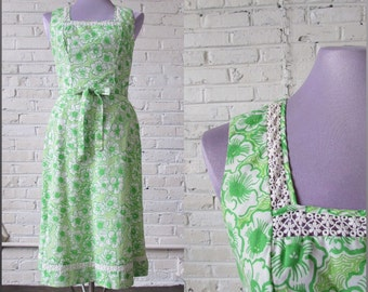 1960s Apple Green Lilly Pulitzer cotton-blend floral dress from the Liza line, (M)