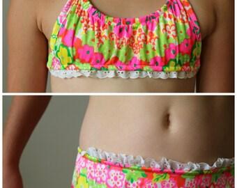 NOS, 1970s Tropical Ruffle Bikini >>> Size 10/12 Girls