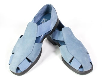 VTG 90's Cornflower Blue Leather Sandals size 9 Womens Strappy Flats Gladiator Sandals