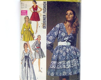 1969 Vintage Sewing Pattern - Belted Full Skirt Shirtwaist Dress - Simplicity 8286 / Size 12 UNCUT FF