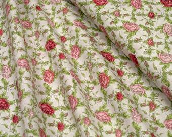 Quilting Treasures • Santoro • La Vie En Rose • rose trellis in lt grey • Cotton Fabric 0.54yd (0,5m) 002746