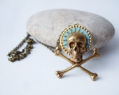 Little Roger - Gothic Skull Necklace