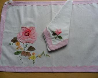 Linen Place Mat and Napkin Set