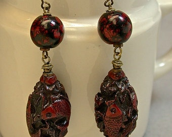 Vintage Chinese Carved Koi Fish Olive Pit Bead Earrings, Vintage Japanese Glass Beads Red Black, Antiqued Brass Ear wires