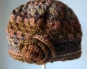 Cloche, crochet brown beanie rose