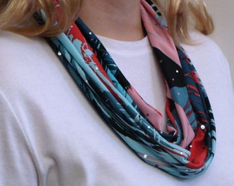Spiral Splash infinity Scarf - Summer Weight Circle Scarf - Lightweight Loop Scarf - Beach Forever Scarf