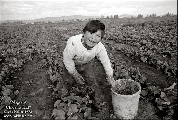 MIGRANT CHICANO KID, Washington County, Clyde Keller photo, 1973, Fine Art Print, Black and White, Signed
