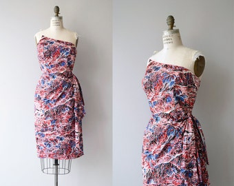 Hawaiian Surfriders sarong dress | vintage 1950s hawaiian dress | 50s floral dress