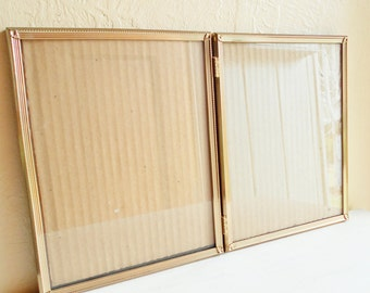 Beautiful Vintage Folding 8x10 Gold Filigree Metal Picture Frame Bi-fold