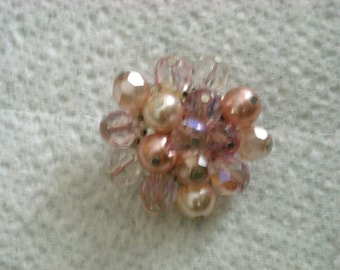 pink cluster pin  ( X 8 )