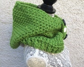 Green Crocheted Hooded Cowl                 HC/1/15 (a)