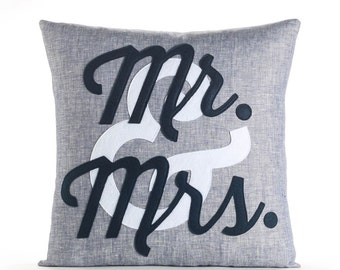 "decorative throw pillow, ""Mr. & Mrs."" 16""x16"" Linen felt applique, wedding gift"