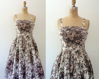 1950s dress / 1950s cotton summer dress / Blurred Rose dress
