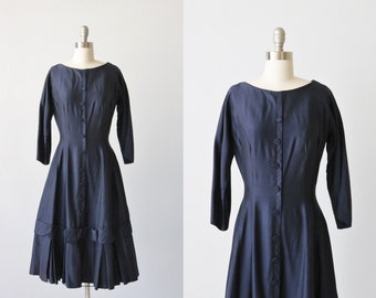 Vintage 1950s Navy Blue Dress / 50s Dress / Fit and Flare / Size Medium