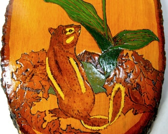 CHIPMUNK Wall Plaque, Wood Burned and Painted PINE Tree Slice, Oval, Ready to Hang, Handmade, Signed 1989 Hal Getz