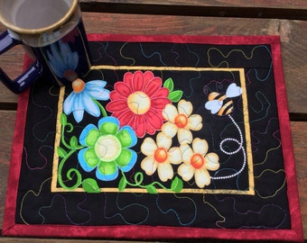 Mug Rug Quilted, Quilted Snack Mat, Mini Placemat Floral, Folk Art Floral Mug Rug, Quilted Mug Rug, Quilted Wall Hanging