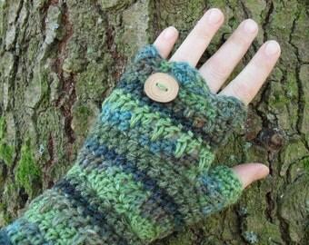Gypsy Evergreen Woodland fingerless mitts in handpainted Hemp, wool, Reclaimed Wood Button