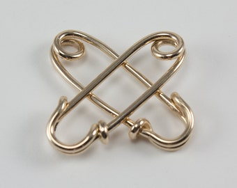 A single 18 gauge safety pin in solid 14k yellow, rose, or white gold, smooth or sharp, earring, brooch, gift, her, him, guy, man, woman