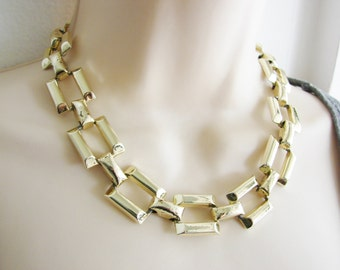 Vintage  simple thick gold link cocktail necklace/ choker