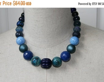 SALE Navy Blue Tones Chunky Graduated Beaded Necklace Vintage Beads
