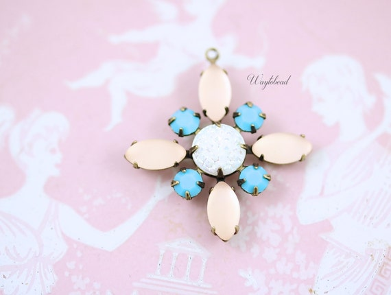 Starburst Pendant with Vintage Stones in Antique Brass Setting - Frosted Light Pink,  White Iridescent & Turquoise Swarovski - 30mm - S29 .