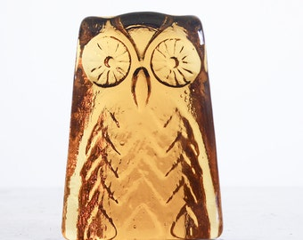 Vintage Blenko Glass Owl Paperweight / Amber Glass